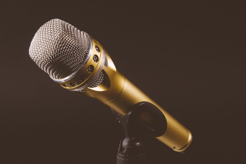 microphone 1246057 1920